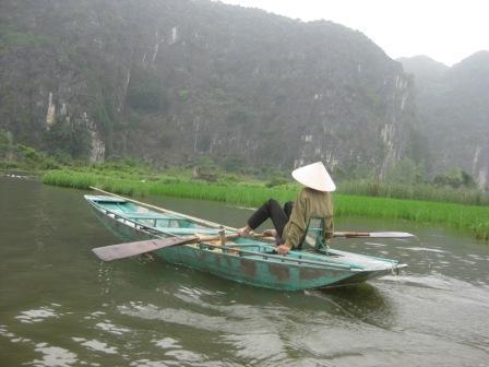 vietnam 13 028